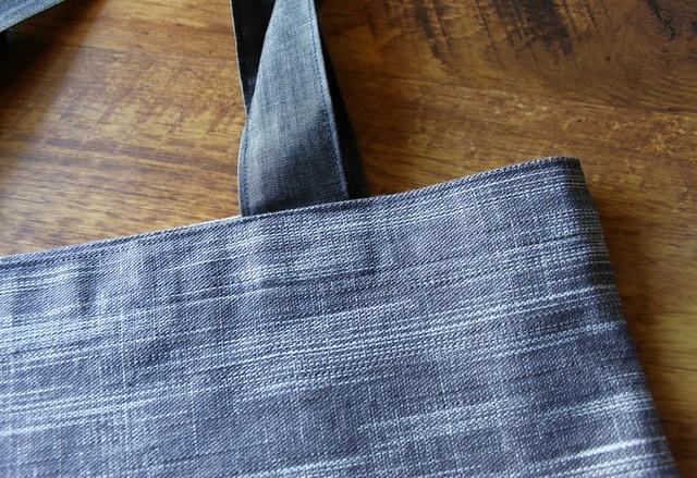 Clouded Horizon Crosshatch Textured