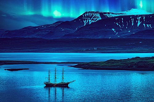 Night cruise with northern lights. Iceland  #northernlights #auroraborealis #aurora #cruiseship #sailing #sailboat #iceland #fjord #nightphotography