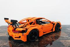 LEGO Technic Porsche 911 GT3 RS (42056)