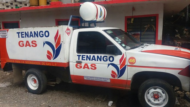 camioneta repartidora del gas