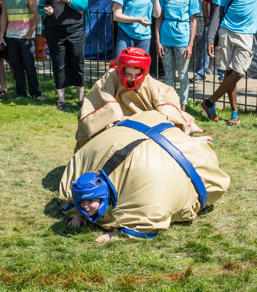 sumo wrestling - Cleveland Asian Festival