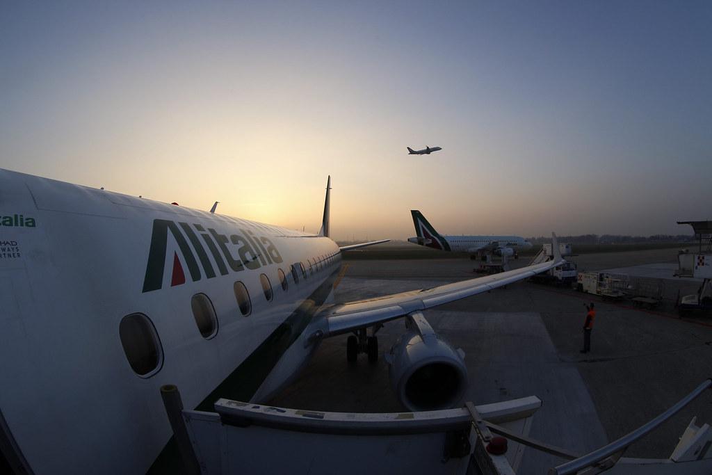 Boarding EMB-175 in Milan Linate