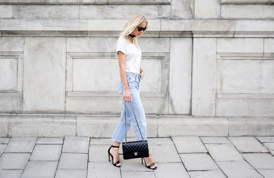 light-blue-jeans-outfit-street-style-bog copy