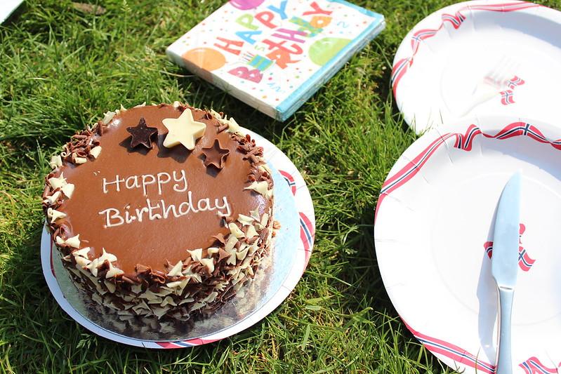 Birthday / etdrysskanel.com