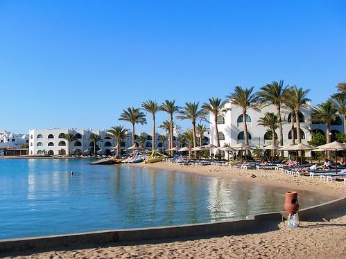 tunisia urges uk to reconsider travel advice