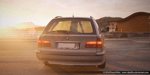 2000 BMW E39 528i at sunset, Bodø, Norway