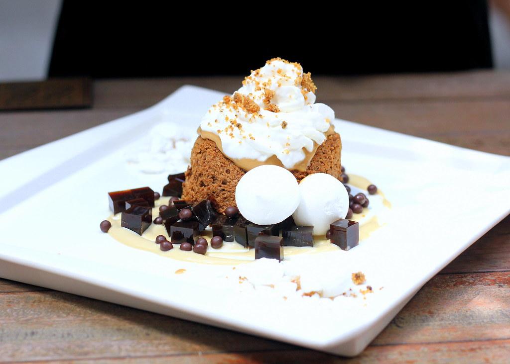 oriole-coffee-bar-oriole-coffee-cake