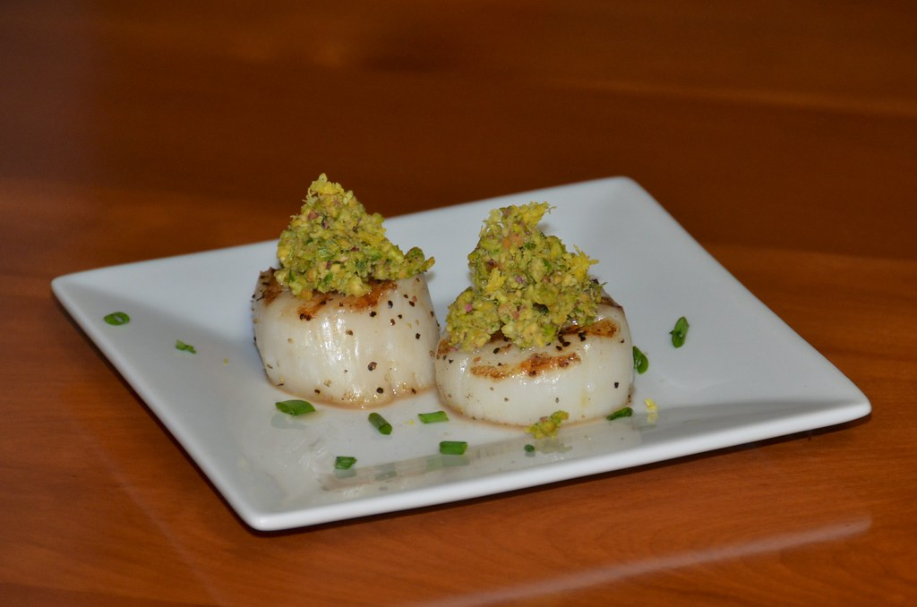 Scallops with Pistachio, Chives, and Lemon