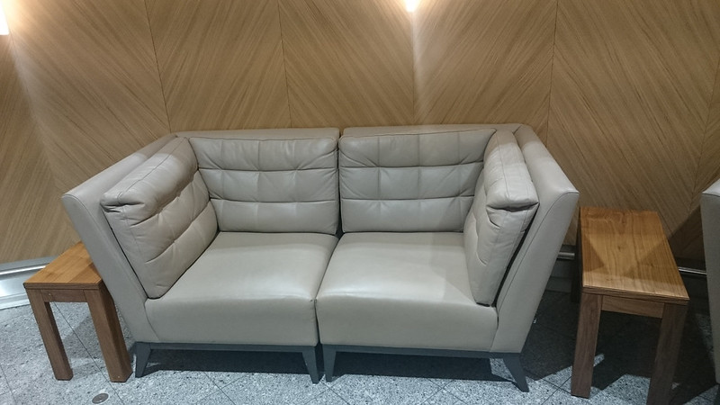 28013225295 7b0d99b588 c - REVIEW - Cathay Pacific First Class Lounge, London Heathrow T3 (October 2015)