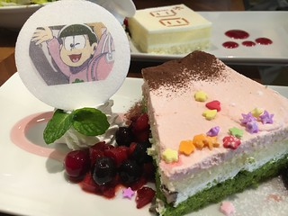 おそ松さん × TOWER RECORDS CAFE