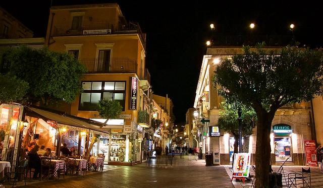 Taormina night life