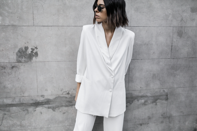 all white suit street style inspo fashion blogger celine Loxley bucket bag sneakers modern legacy minimal Instagram (13 of 18)
