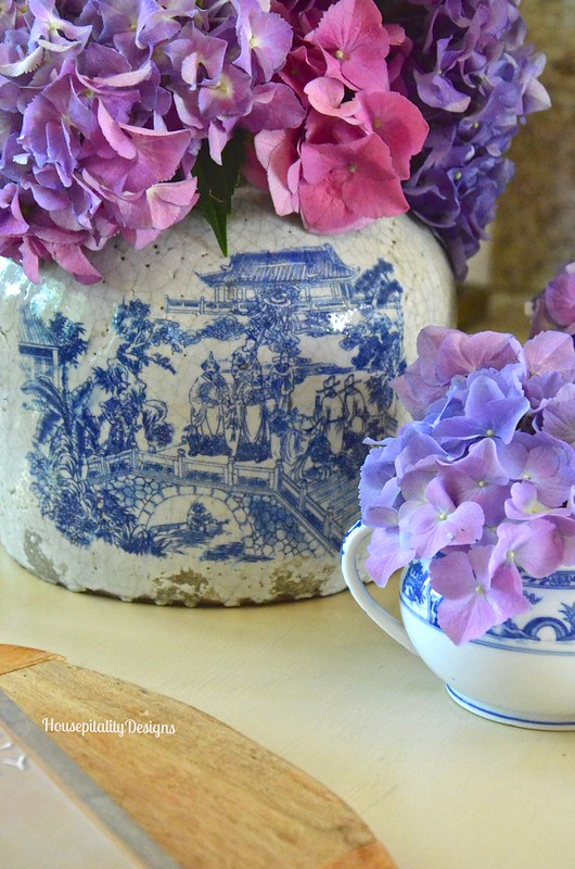 Chinoiserie Crock & Hydrangeas - Housepitality Designs