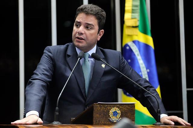 Cameli na tribuna diz que denúncias não passam de devaneio do acusador   Moreira Mariz-Agência Senado jpg