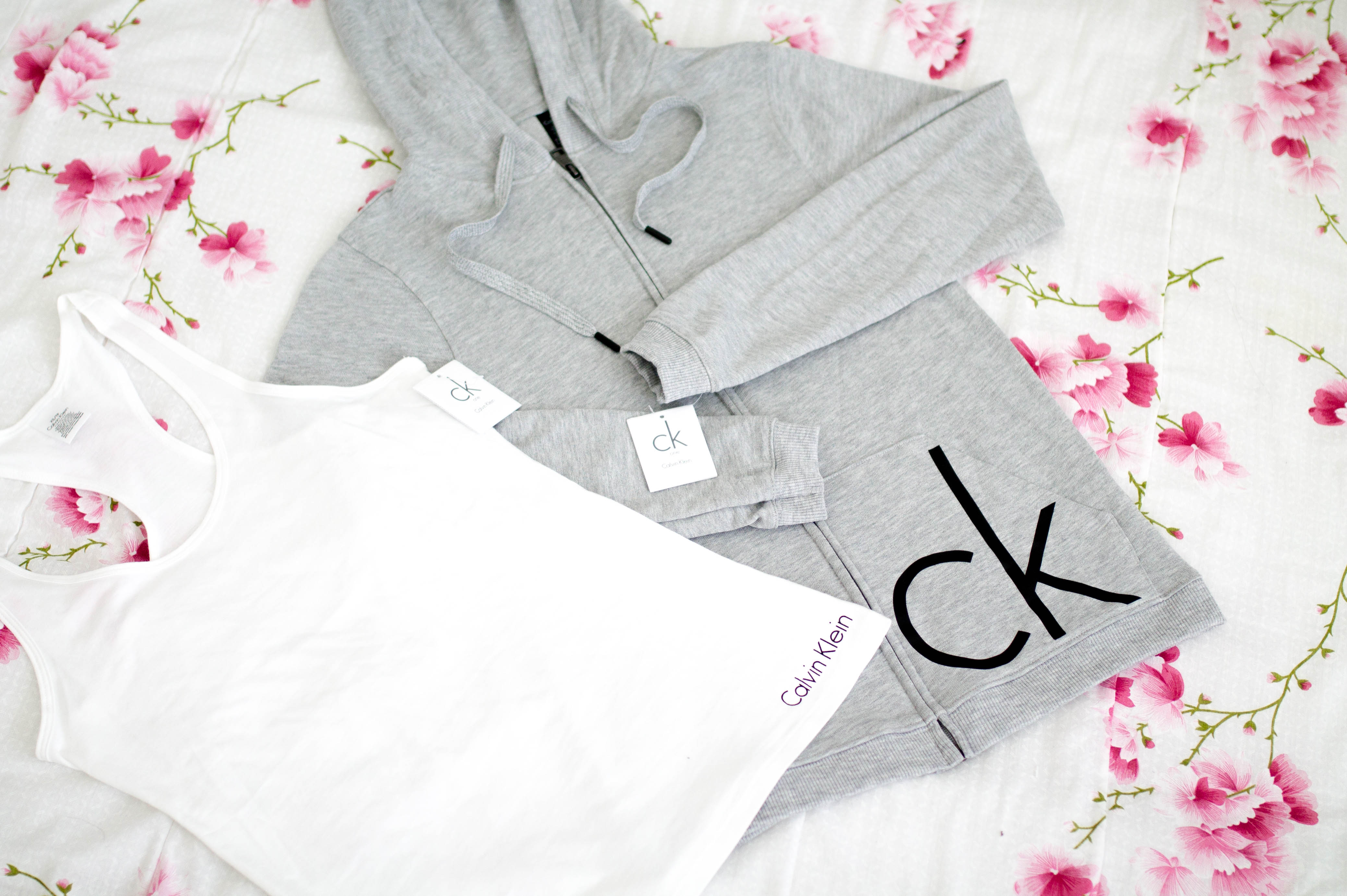calvin klein vaatteet