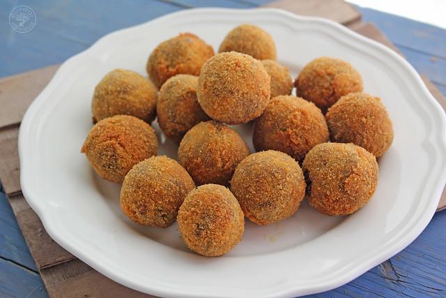 Croquetas de morcilla de aove www.cocinandoentreolivos.com (7)