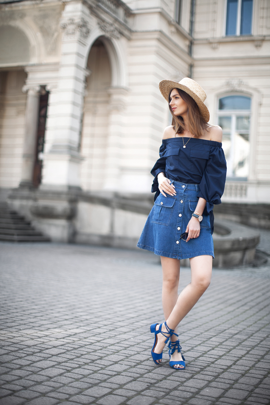 strat-hat-off-shoulder-top-outfit-street-style