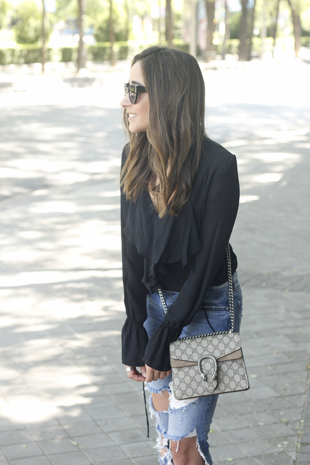 frilled shirt ripped jeans black heels gucci bag summer outfit sunnies20