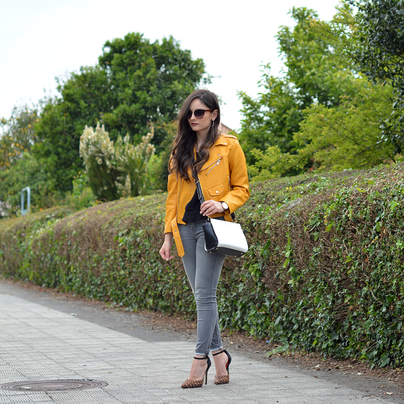 zara_oot_outfit_lookbook_yellow_pepe_moll_02