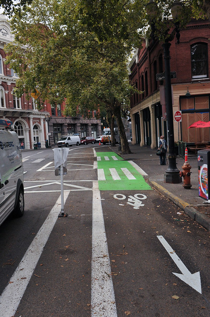 New bikeway on SW 2nd Avenue-26.jpg