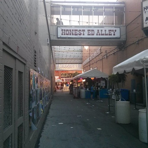 Up the Alley #toronto #honesteds #thealley #fringe2016 #fringeto