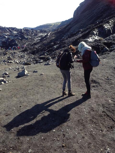 Iceland 2016 - looking at rocks