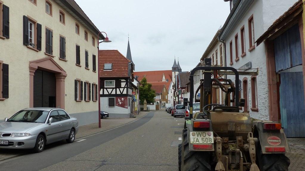 Herrnsheimer Hauptstraße