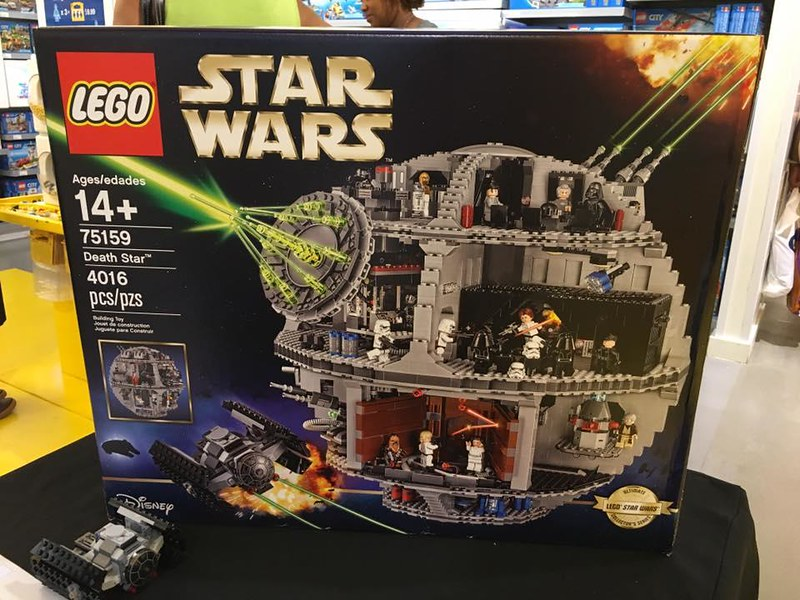 75159 Death Star Unveiled In Brand Store Brickset Lego Set Guide