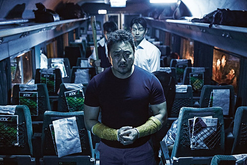 TRAIN-TO-BUSAN-Still-03