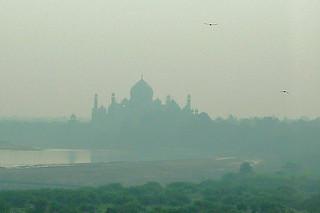 Agra - Taj Mahal silhouete