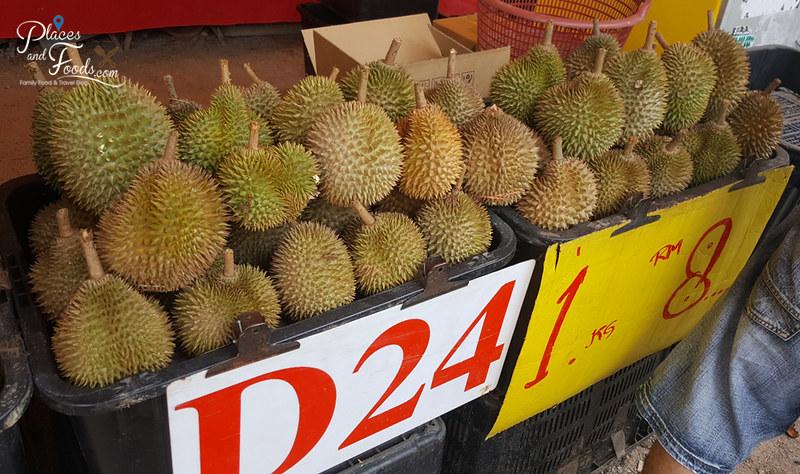 taman pertama durian stall