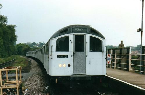 London Underground  #1083  April 1991
