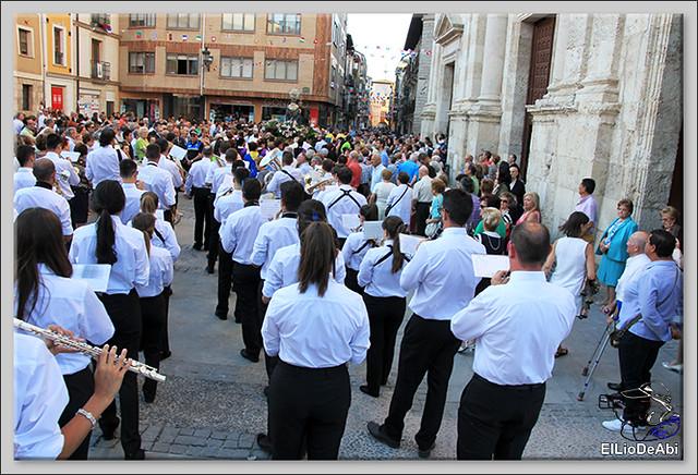 Briviesca Fiestas 2016 Procesión del Rosario y canto popular de la Salve  (8)