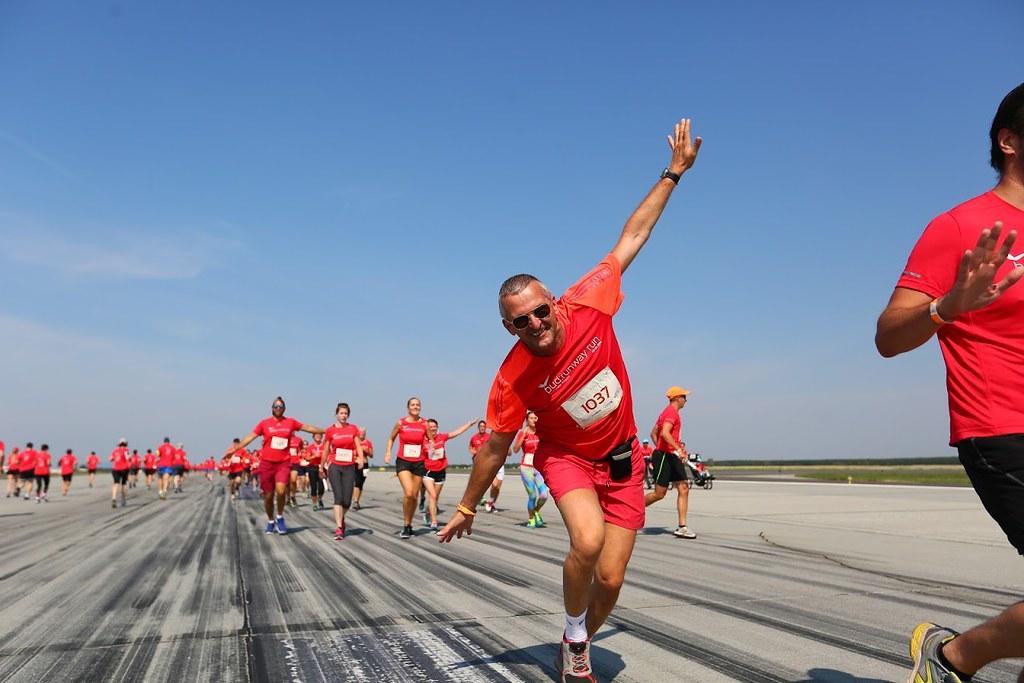 Ezer futó a 4. Runway Runon