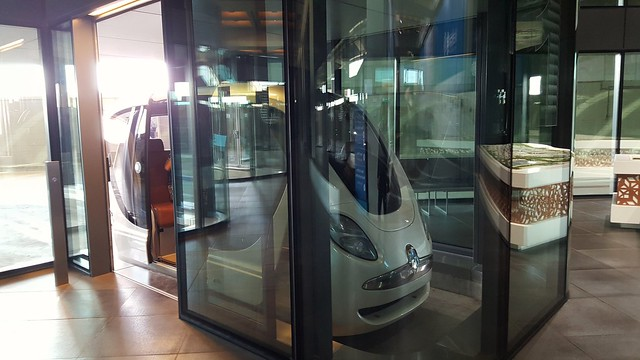 Solar powered and driverless car, Masdar Institute