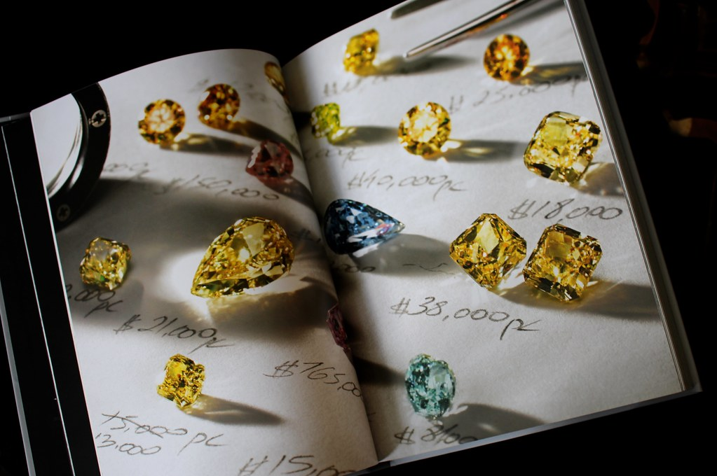 Book Review Fancy Color Diamonds The Pricing Architecture Gem