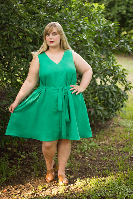 Idle Fancy - Papercut Sway Dress - Emerald Green Linen -19