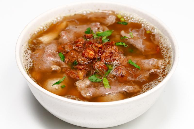 Ngiu Chap Wong Mixed Beef Noodles