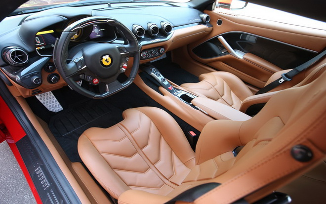 ferrari-f12-berlinetta-interior-1