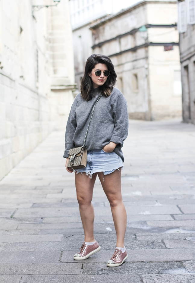 jersey gris oversize zara levis vintage miumiu glitter sneakers gucci dionysus