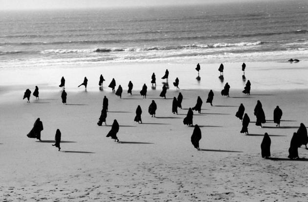 Shirin Neshat, 《Rapture Series》, 1999
