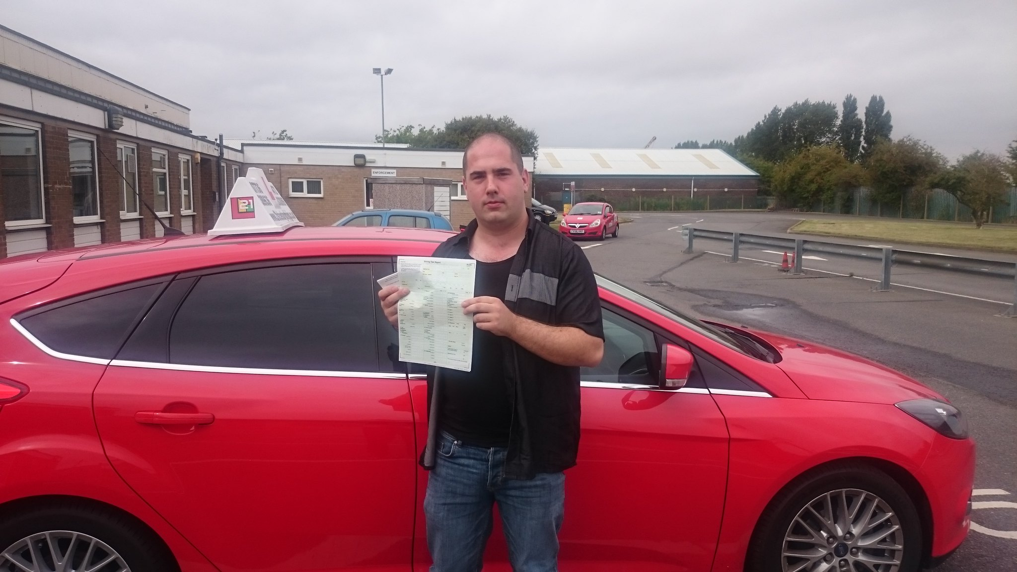Dale Howson passes driving test in grimsby with 21st Century Driving