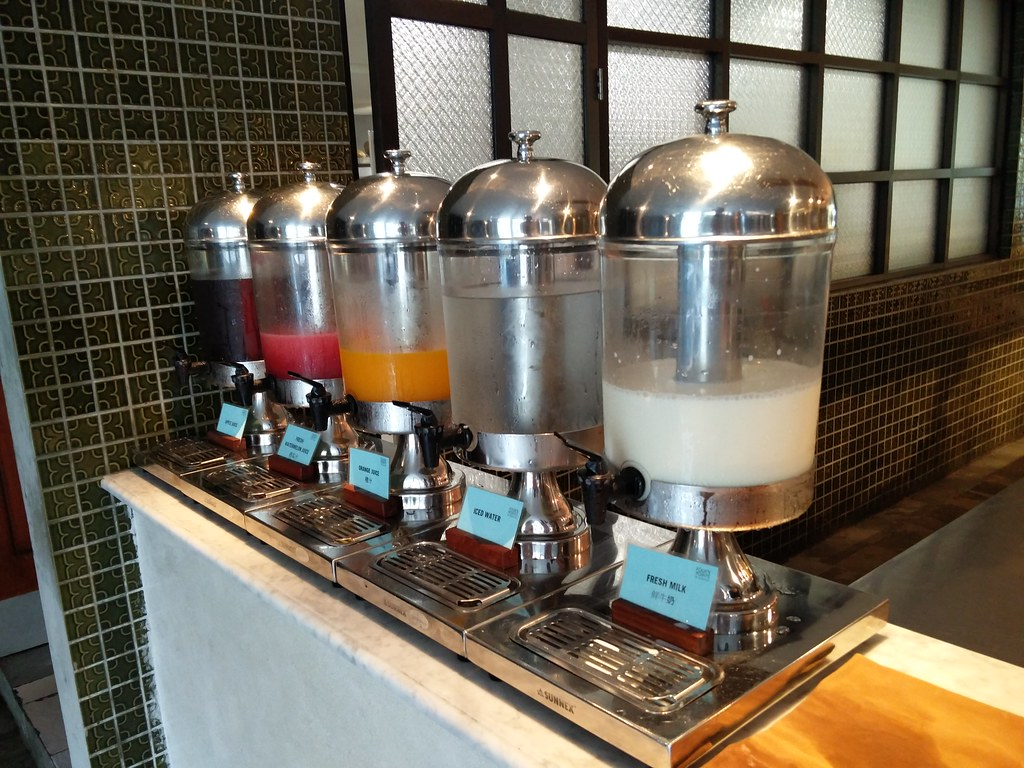 Juice and milk from dispenser