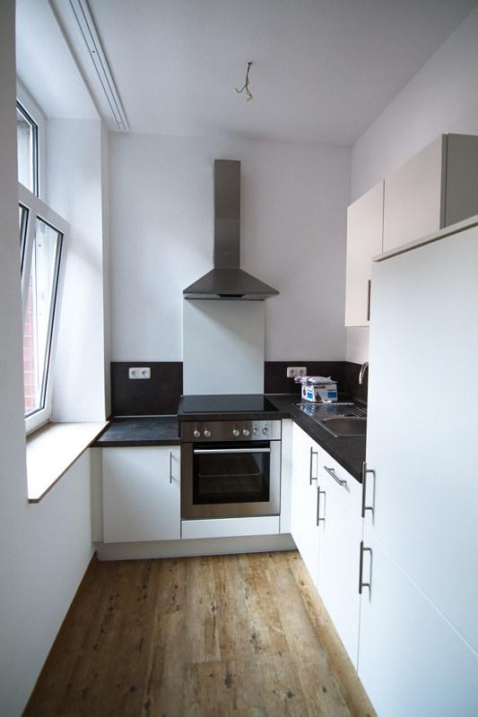 kleine küche interior hell modern