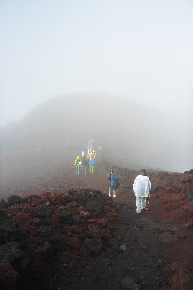 富士山頂 お鉢巡り