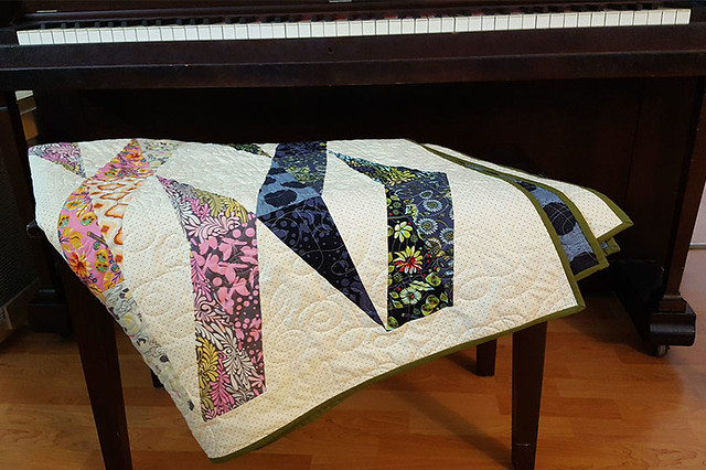 Twizzle Quilt at Piano