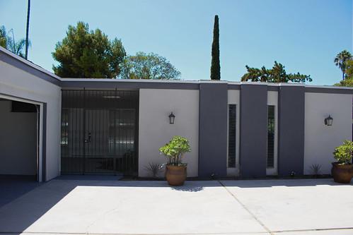 266 West Monterrey