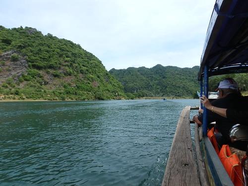 phong-nha-boat-ride-9