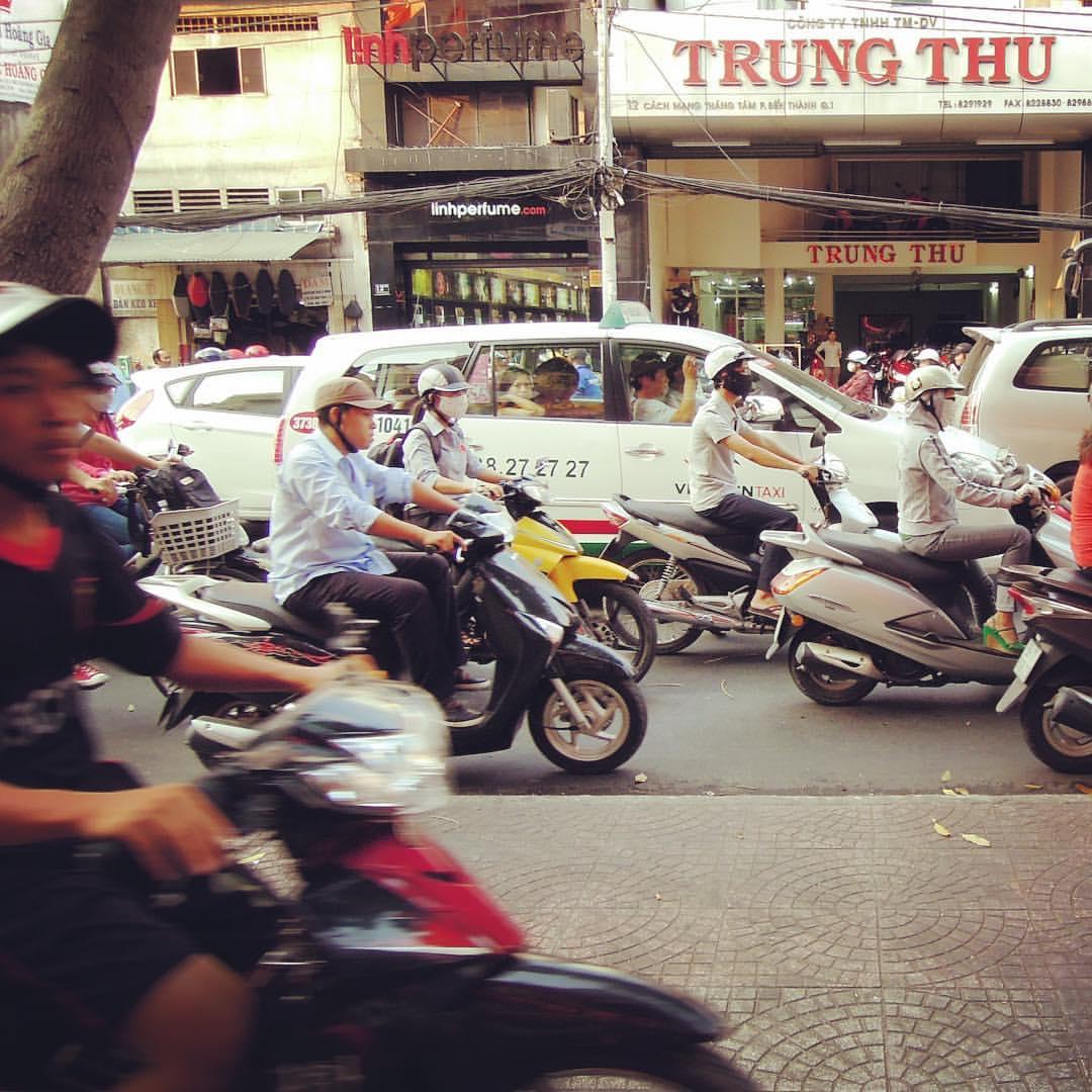 #RTW2012 #26 The city of a gazillion motorbikes. Would you dare driving one in Ho Chi Minh City? #rtw #rtw365 #aroundtheworld #aroundtheworldtrip #maailmanympärimatka #travelmemories #vietnam #saigon #hochiminh #crazytraffic #motorbikemadness
