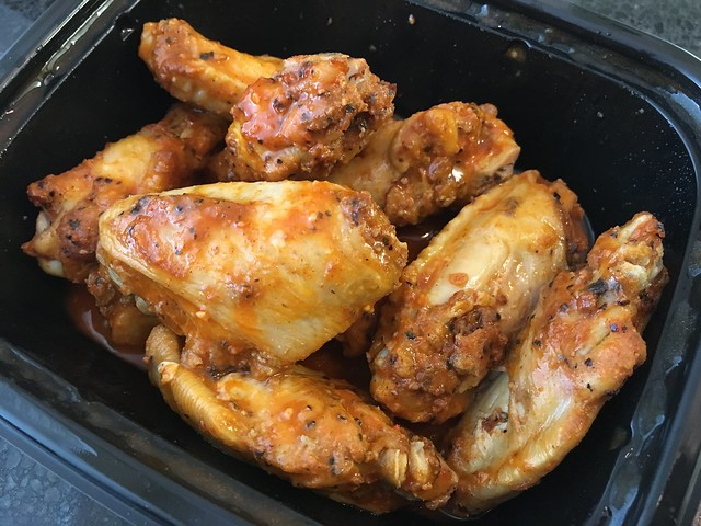 Buffalo Caesar wings - Little Caesars